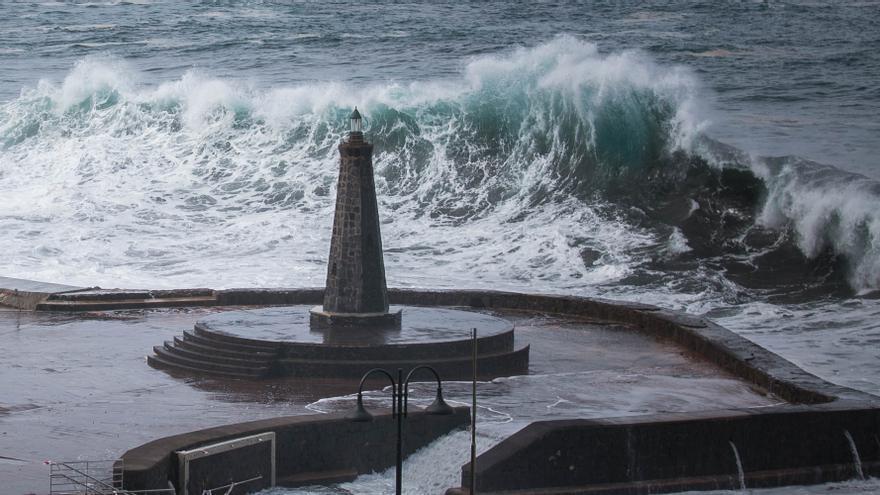 El aviso por fenómenos costeros se mantendrá todo el fin de semana