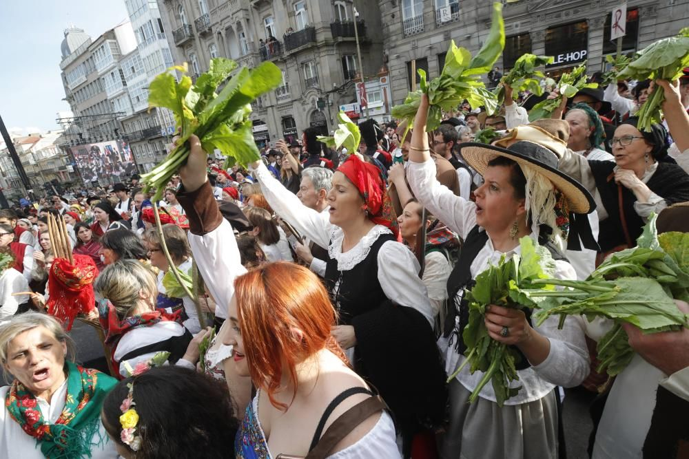 La representación de la expulsión de las tropas invasoras francesas congrega en el casco histórico a miles de personas para disfrutar del broche de oro a un fin de semana de fiesta.