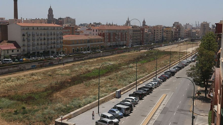 Urbanismo expropia por casi 2,5 millones de euros la antigua fábrica de Fiat Lux