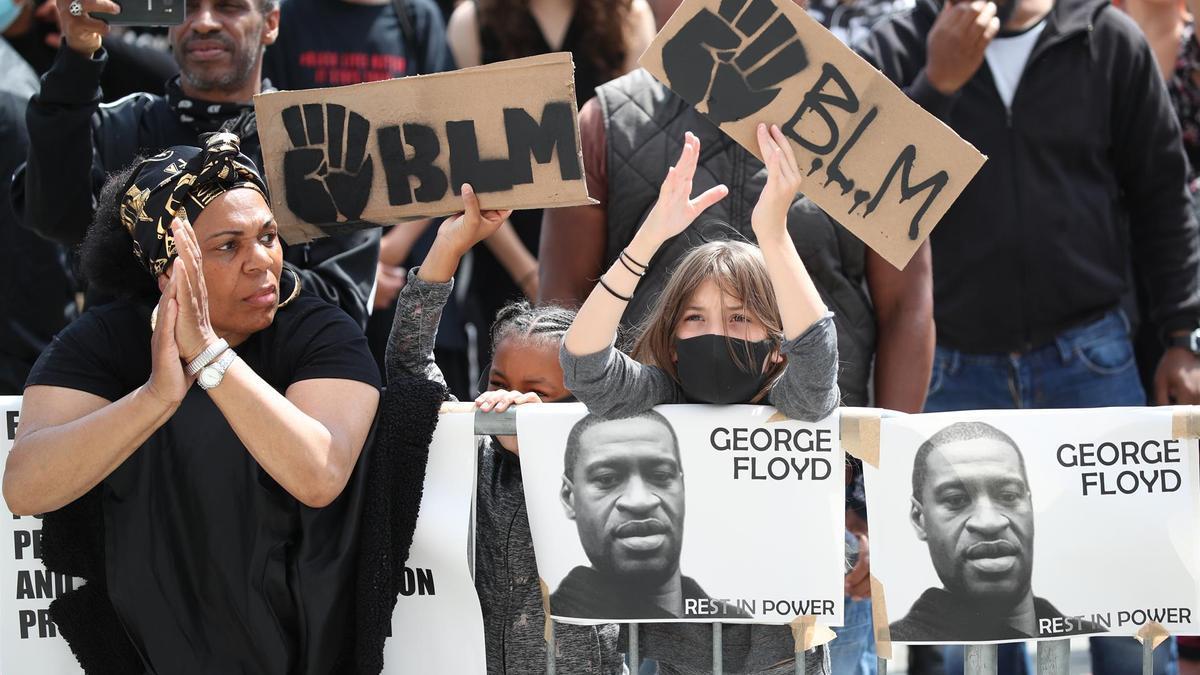Una manifestación contra la violenca policial y la muerte de George Floyd.