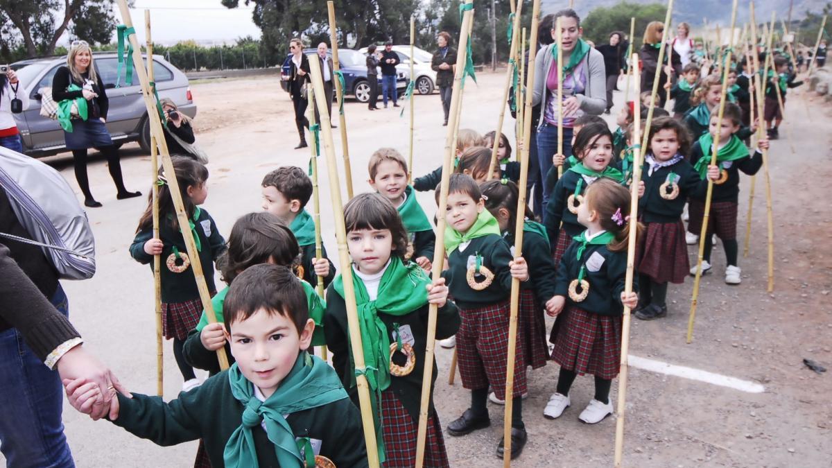 Fiesta escolar en Magdalena en Castelló