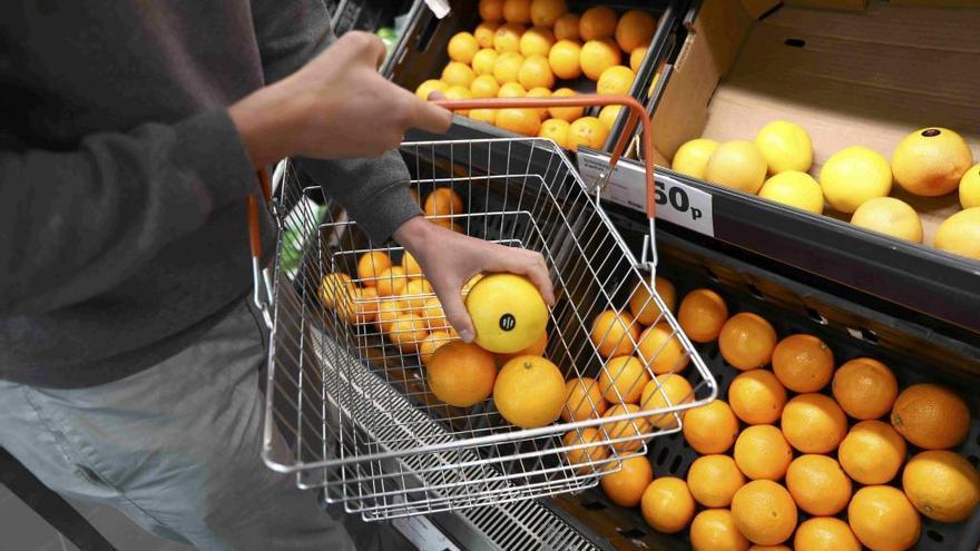 Naranjas de Sudáfrica, todavía en las tiendas valencianas