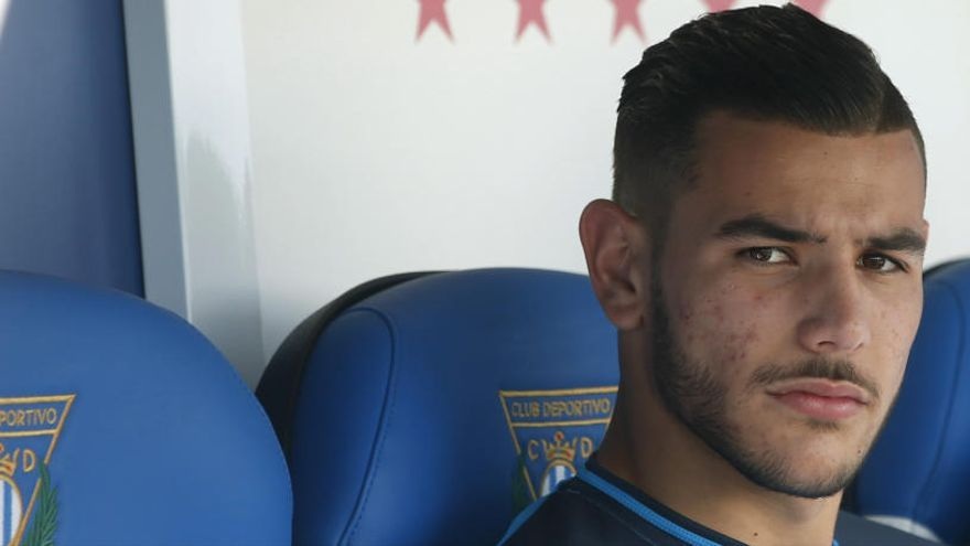 Denunciat per agressió sexual el futbolista Theo Hernández