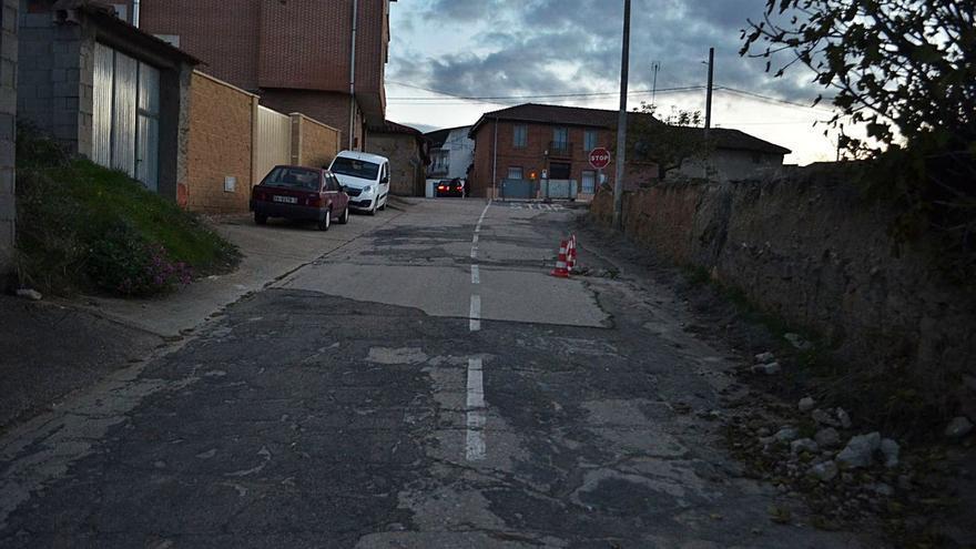 Las obras de la carretera de Junquera a San Pedro obligan a cortar el acceso