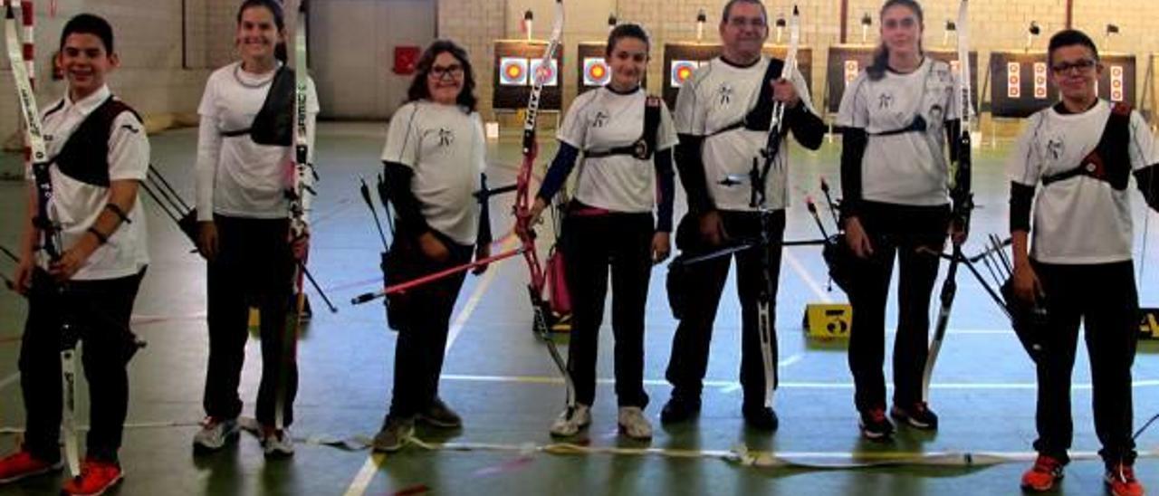 Cinco arqueros de Almussafes formarán parte de la selección valenciana de tiro