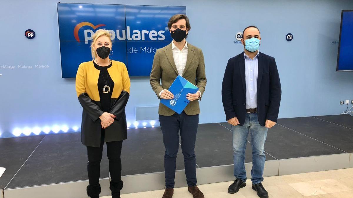Los tres diputados nacionales del PP por Málaga: Carolina España, Pablo Montesinos y Mario Cortés.