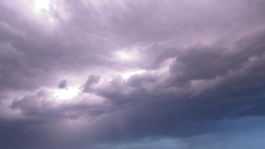 El 112 amplía la alerta amarilla por tormentas en el norte de Cáceres