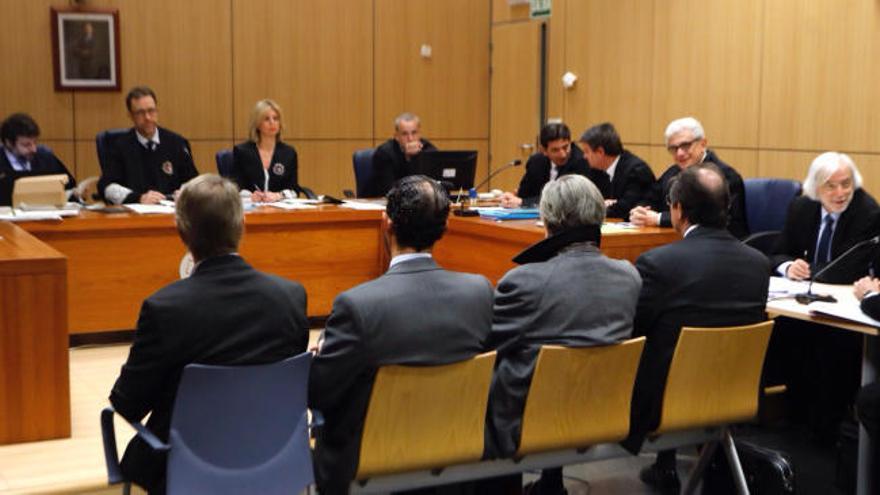 Suspenden el juicio del Caso Palau por la enfermedad de Helga Schmidt y para que su abogado estudie la causa