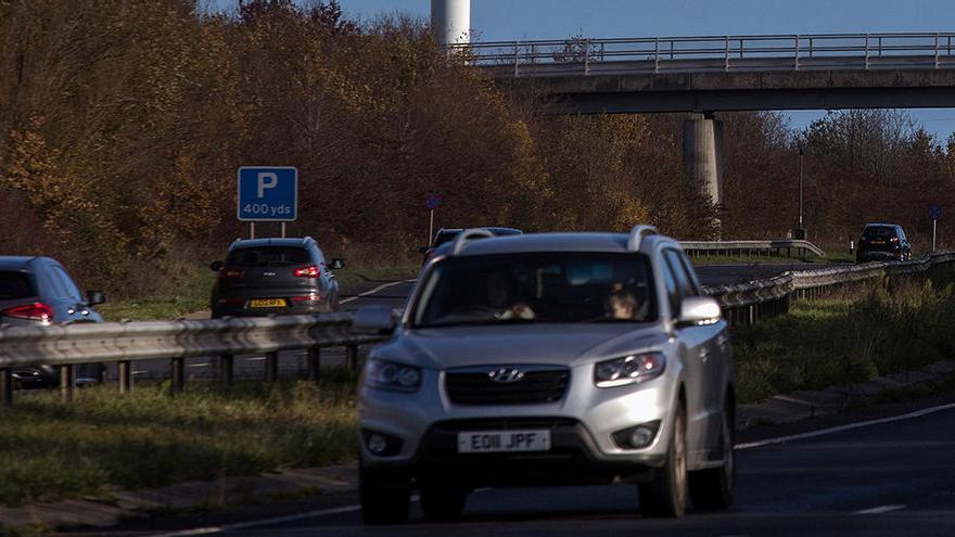 El Reino Unido adelanta a 2030 el veto a la venta de vehículos diésel y gasolina