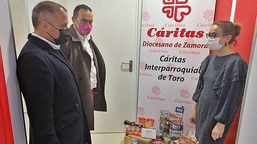 Cáritas atiende las necesidades básicas de 330 usuarios afectados por la crisis en Toro