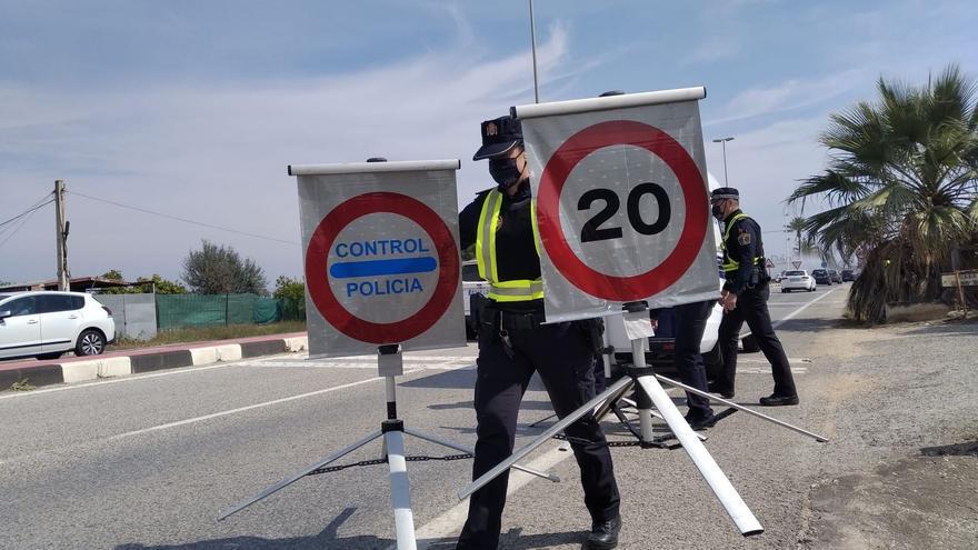 Controles de acceso en Dénia para evitar la llegada de turista de fuera de la Comunidad Valenciana