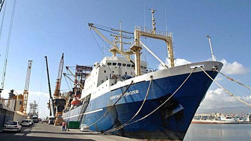 El TSJC anula la norma que prohíbe  a las tripulaciones reparar sus buques