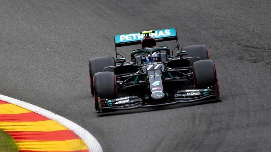 Verstappen manda en los segundos libres y Ferrari se descompone en Spa