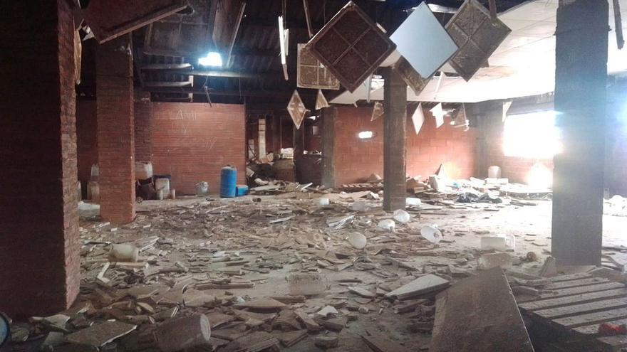 Un polígon degradat, dos propietaris enfrontats i un alcalde que el «tiraria tot»