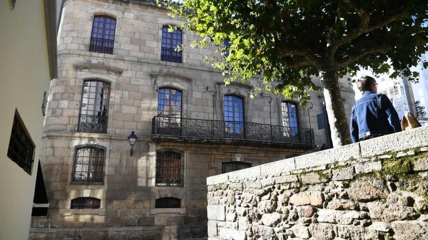 El Concello iniciará acciones legales para recuperar la Casa Cornide