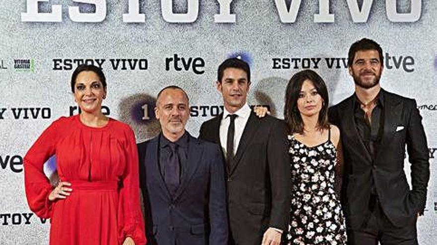 Aitana Sánchez-Gijón y Jan Cornet se incorporan a la serie 'Estoy vivo' de TVE