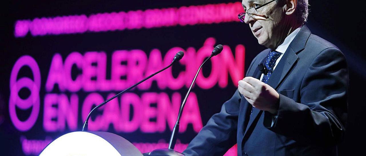Javier Campo, presidente de Aecoc, en su intervención de ayer en el congreso. | M. A. MONTESINOS