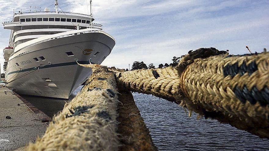 El Puerto de Vilagarcía establece un nuevo récord de tráfico de mercancías