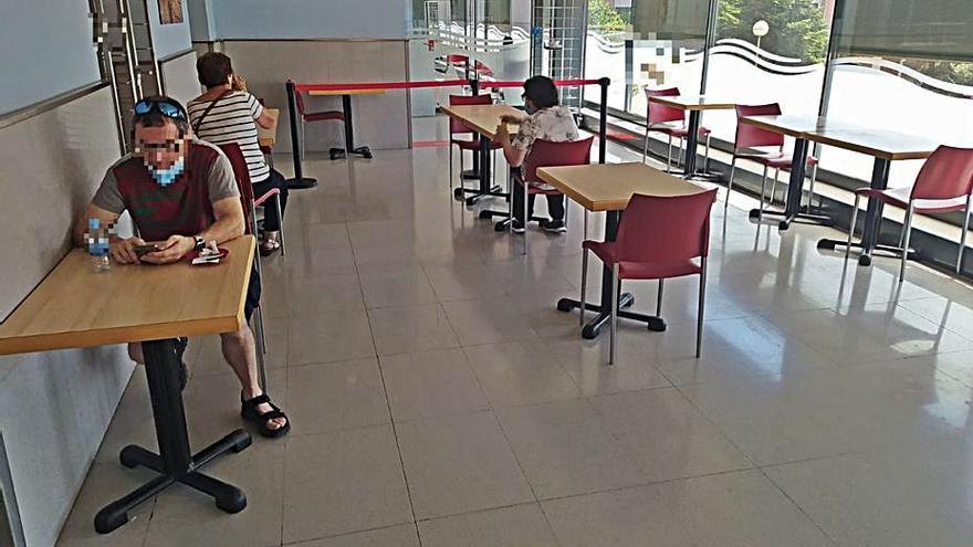 La cafeteria de l'Hospital de Figueres torna a obrir tot el dia