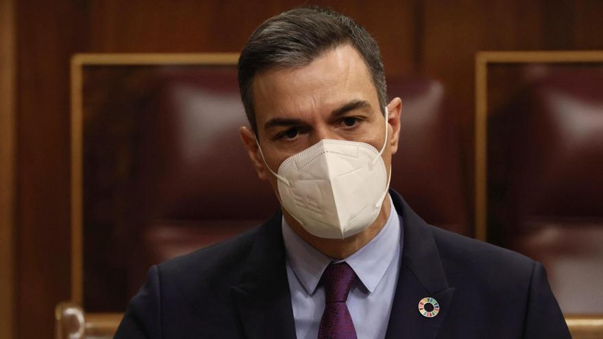 Sánchez acusa al PP de usar a la Constitución y a la monarquía parlamentaria para dividir a los españoles
