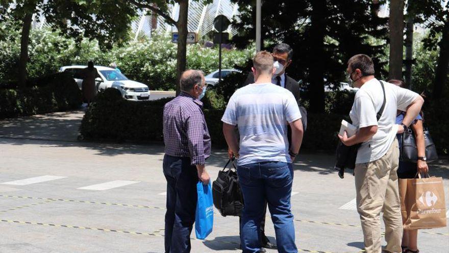 Juzgan al menor acusado de asesinar junto a su madre al marido de ella en Valencia