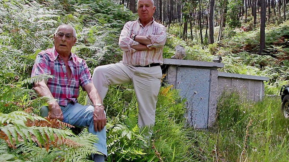 Antiguos miembros de la traída de aguas de Figueiró.     // FDV