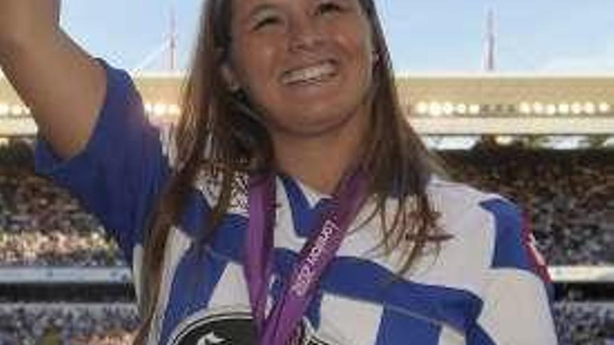 """Sofía Toro: """"Miña tía vivía ao carón de Catro Camiños e celebrámolo no seu balcón"""""""