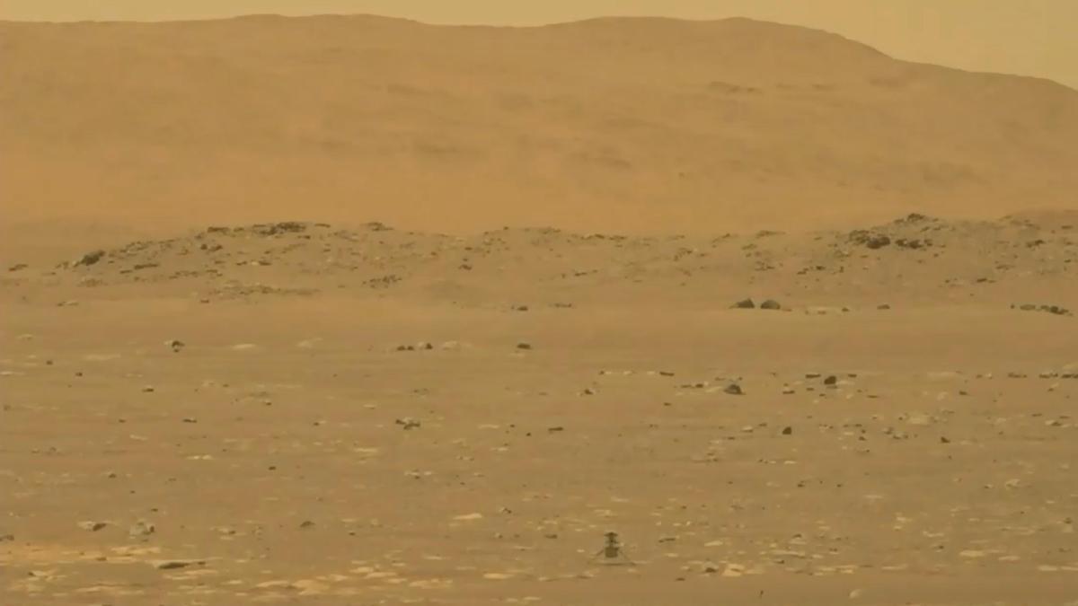 Ingenuity, starting its flight over Mars