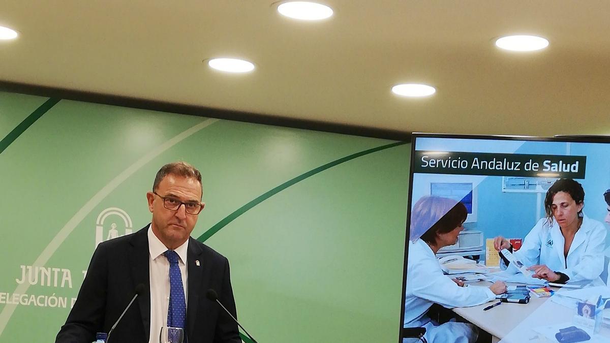 El delegado territorial de Salud y Familias, Carlos Bautista.