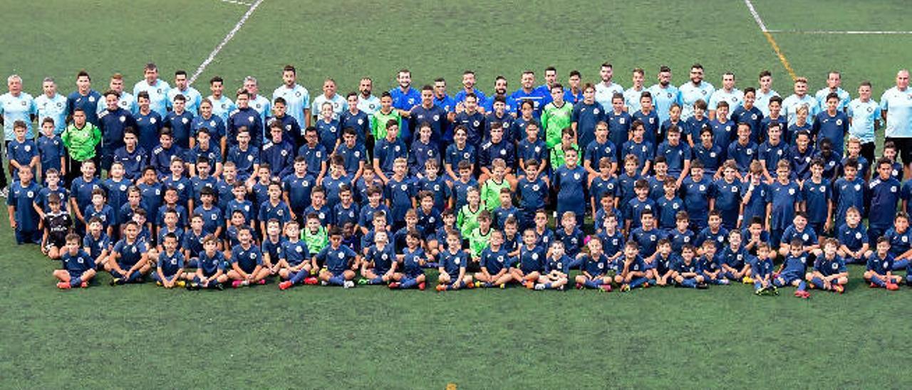 Foto de familia del Atlético Fomento.