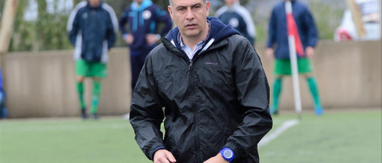 Israel Quintana, entrenador del Villa Santa Brígida.