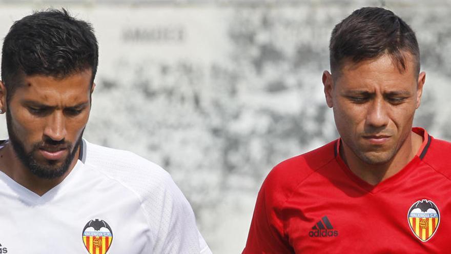 Diego Alves y Garay podrían volver a jugar juntos