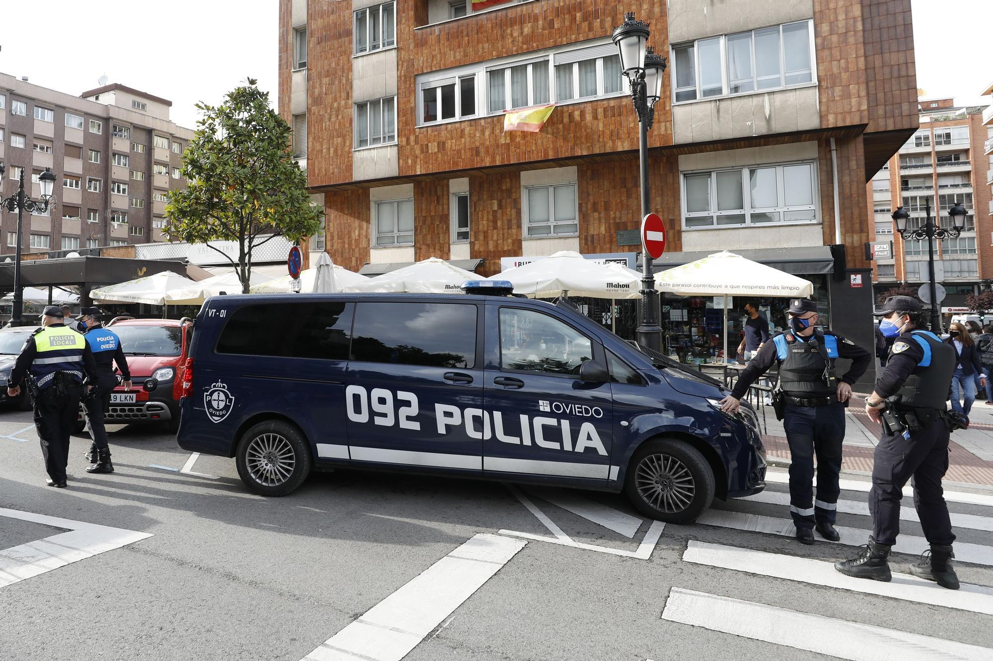 El operativo especial de la Policía Local para velar por las normas sanitarias.