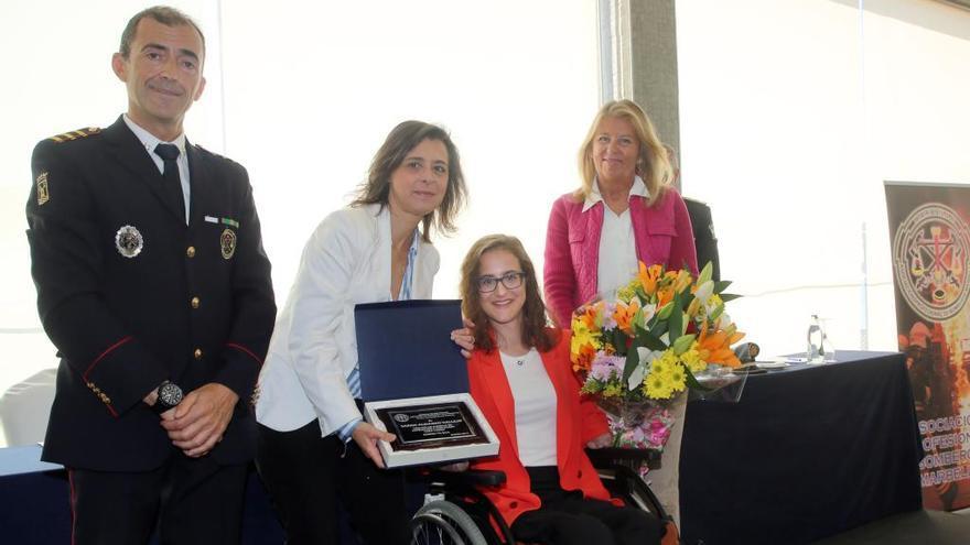 Marbella rinde homenaje al Cuerpo de Bomberos