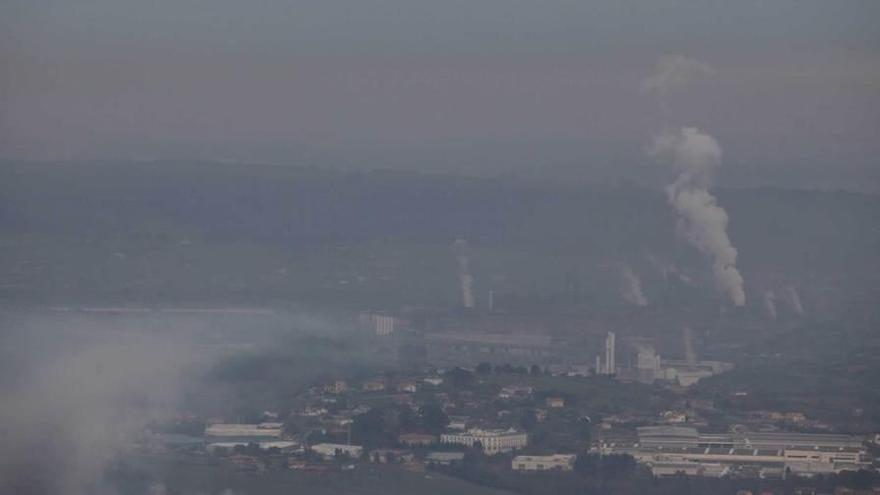 Los vecinos piden a la Defensora del Pueblo que actúe ante la contaminación de Gijón