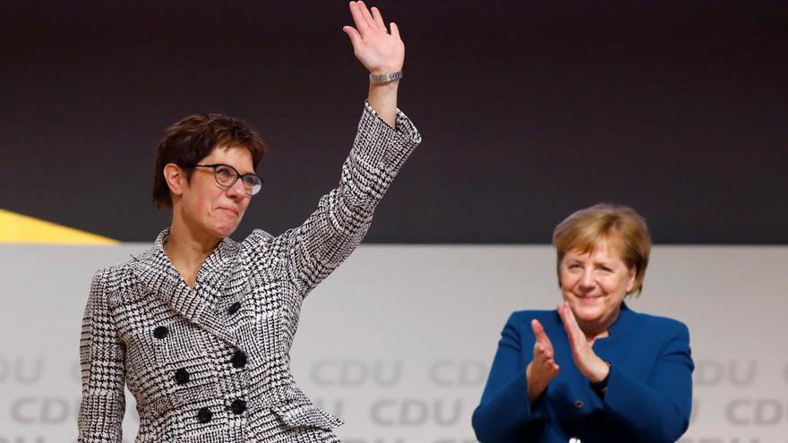 Kramp-Karrenbauer, la successora de Merkel