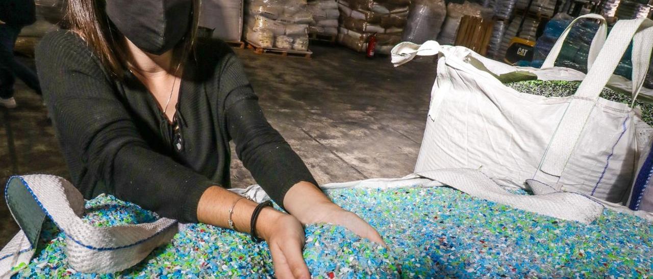 Empresa de transformación de plásticos en el municipio alicantino de Castalla.