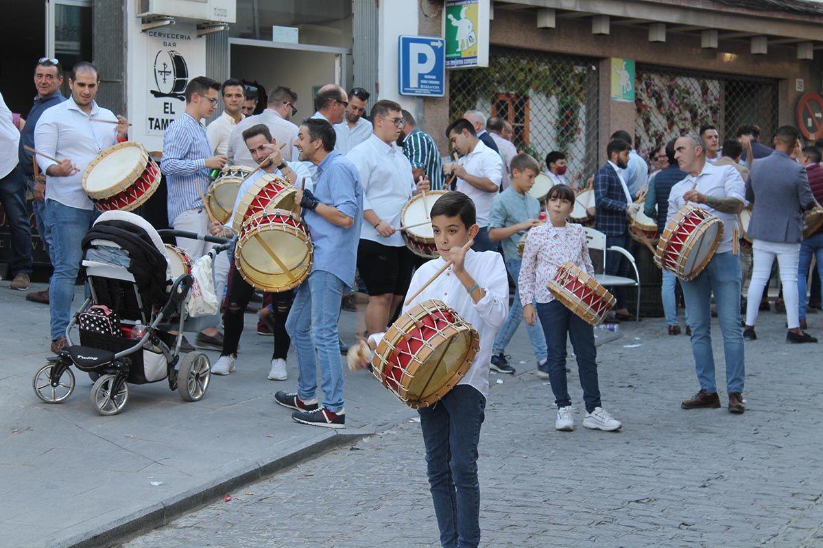 Baena abre el año cofrade con una tamborada