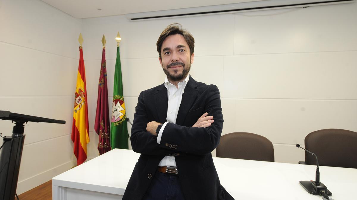 Pedro Caballero, presidente del Colegio de Odontólogos
