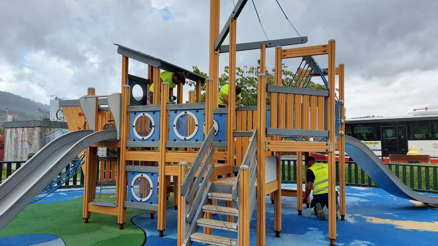 El Concello restaura el parque infantil de García Escudero