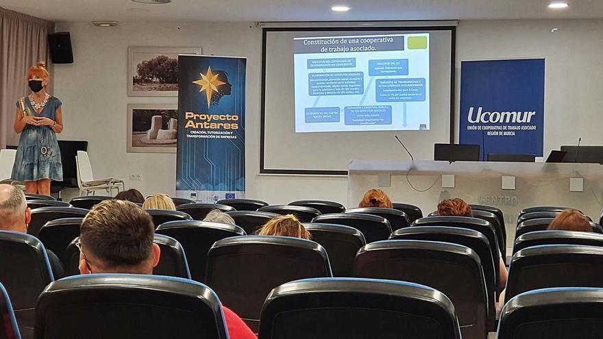 Ucomur pone en marcha el proyecto Antares II de tutorización empresarial