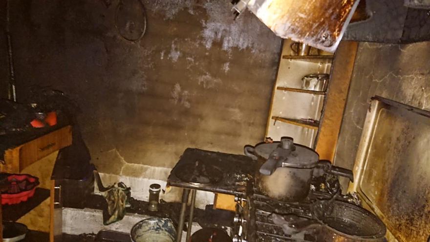 Incendio en una vivienda en Villaescusa