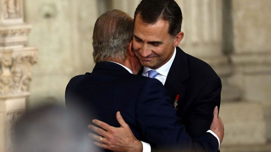 Juan Carlos I quiere pactar con su hijo fecha para pisar de nuevo la Zarzuela