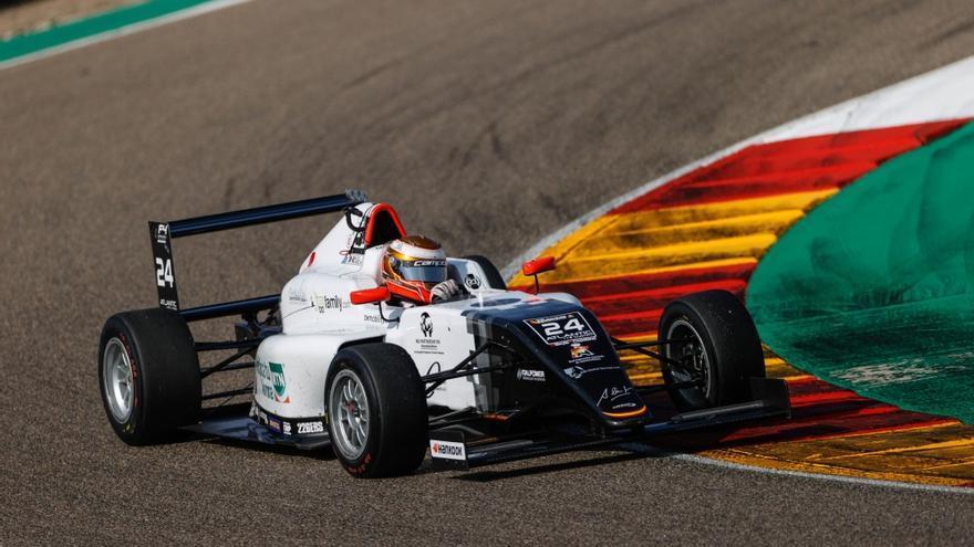 El Campos Racing quiere asentarse en lo más alto en Cheste