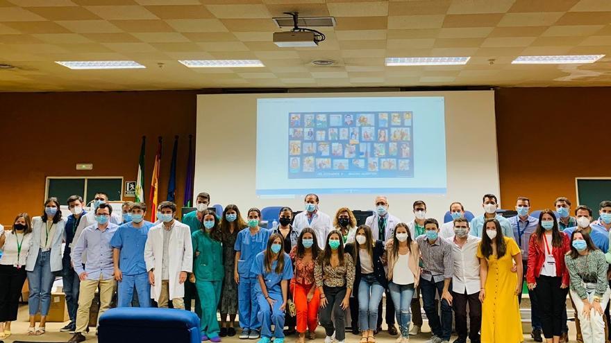 El Hospital Clínico de Málaga homenajea a los 43 residentes que finalizan este año su formación