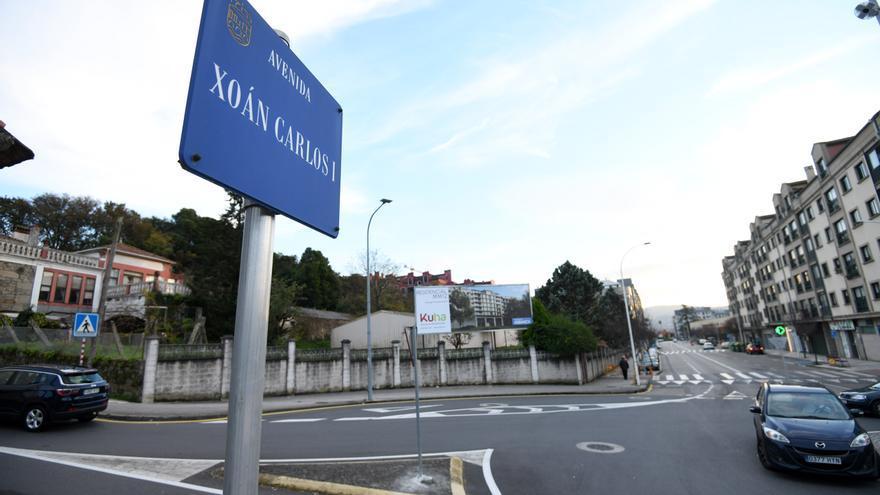 Pontevedra expulsa de su callejero a Juan Carlos I y recibe a Virxinia Pereira