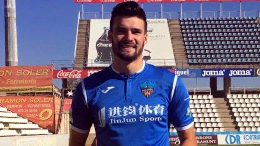 El Castellón incorpora galones para su defensa con Eneko Satrústegui