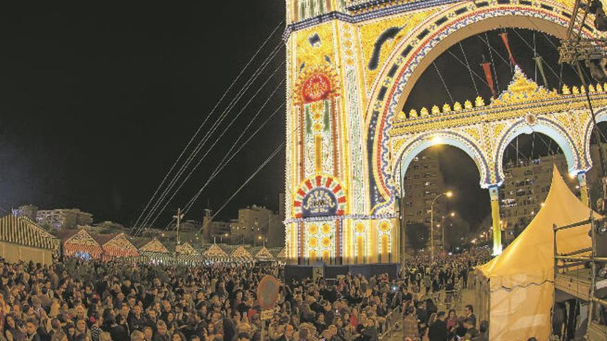 La Feria de Abril alumbra Sevilla