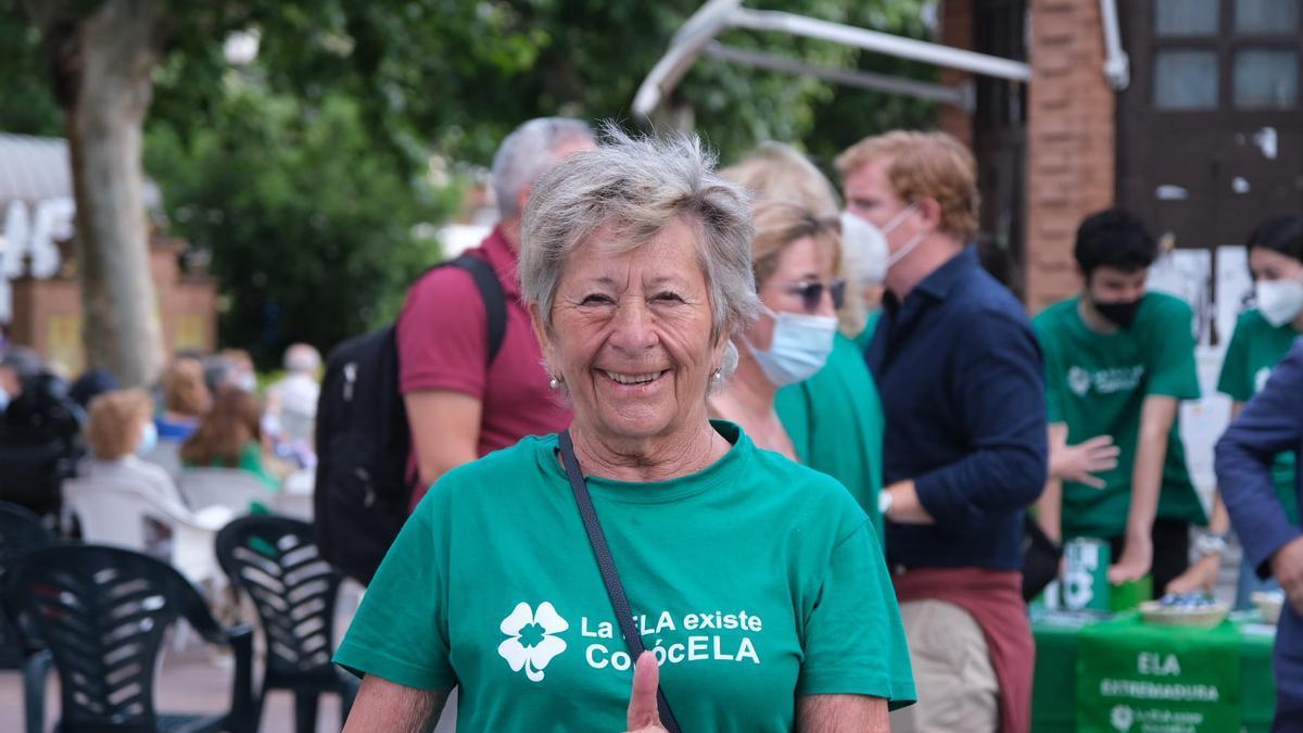 Lola Dorado, presidenta de la asociación ELA Extremadura, ayer durante el acto celebrado en Badajoz.
