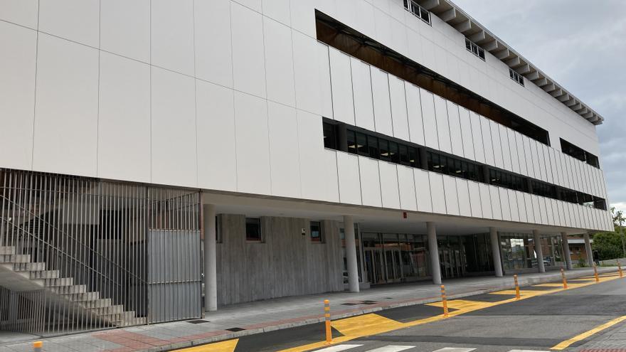 Así es el centro polivalente de Lugones: la gran edificación destinada al arte, la cultura y los servicios